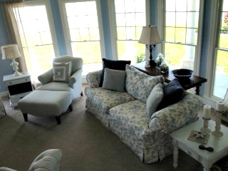 family room in shades of blue and white