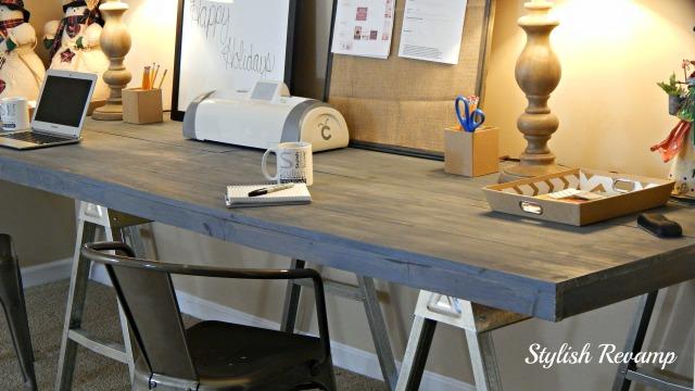 DIY Desk With Horse Aluminum Legs