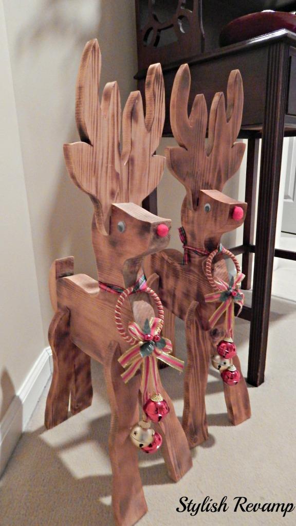 DIY Wooden Reindeers