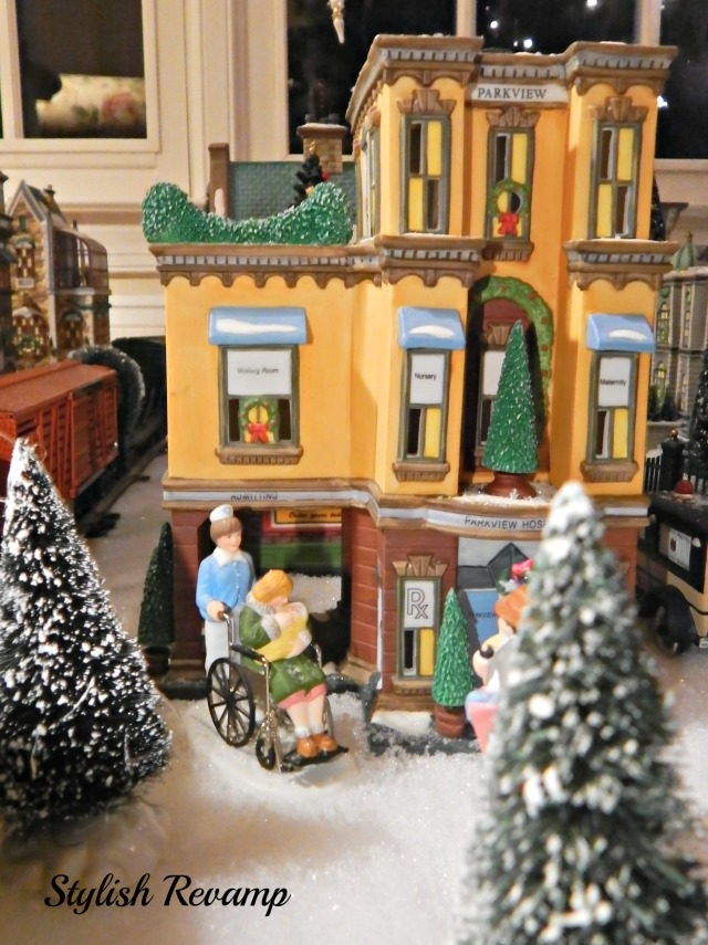 Christmas in the City Dept 56 Hospital