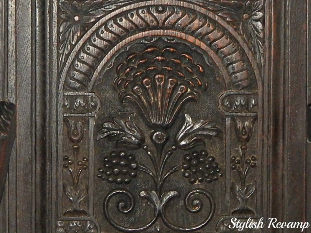 Decorative Carved Wooden Antique Chair