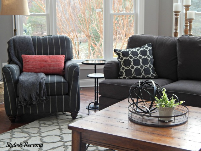 Family room revamp stylish revamp for Revamp coffee table